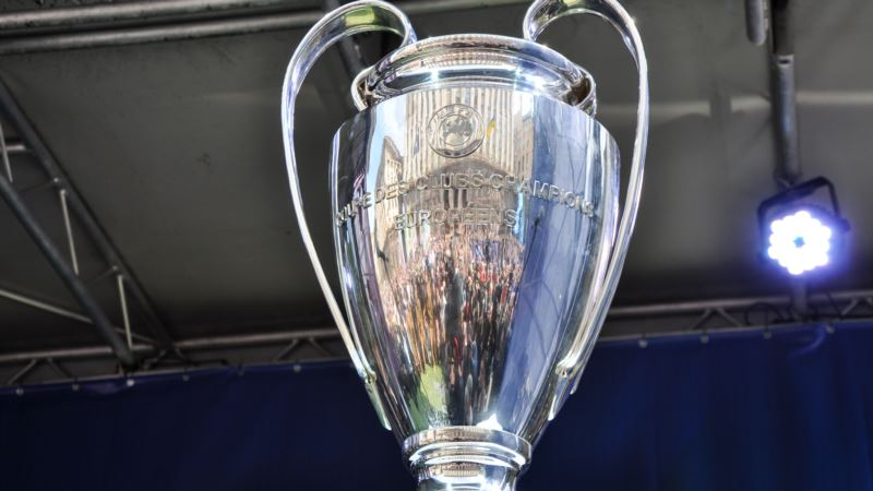 Киев: Крещатик перекрили до 30 мая из-за Лиги чемпионов