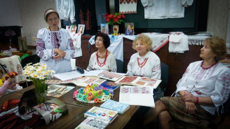 В Севастополе отметили День вышиванки (+видео)