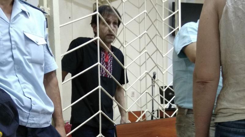 Денисова просит Красный Крест посетить Балуха за решеткой