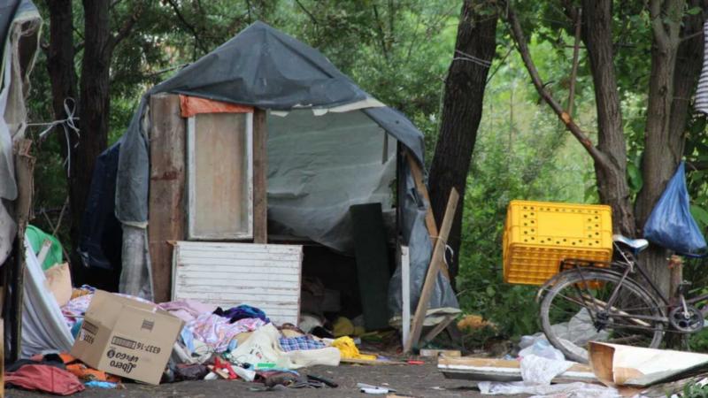 Подозреваемые в нападении на ромов признали себя членами группировки «Трезвая и злая молодежь»