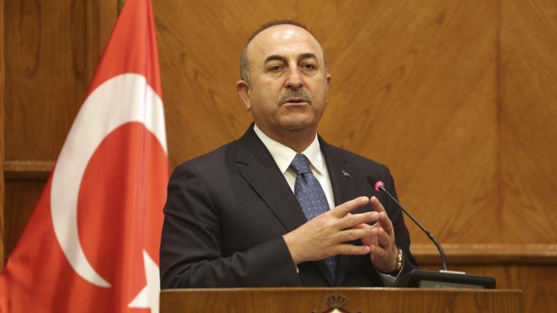 Глава МИД Турции провел встречу с Мустафой Джемилевым