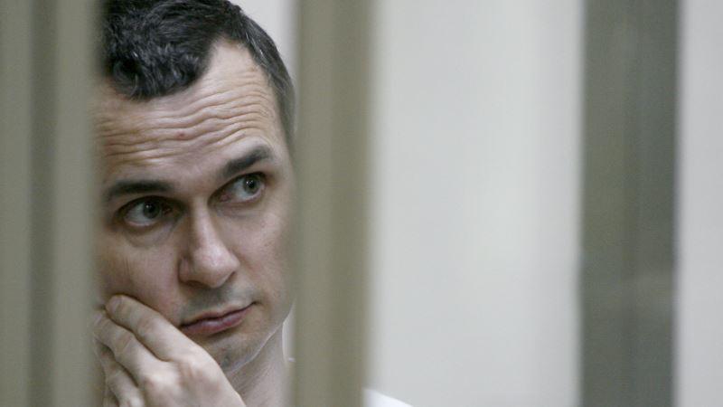 В Киеве собрали около 10 тысяч гривен для помощи заключенному в России Сенцову