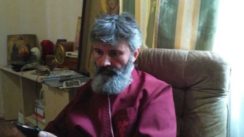 Климент о срыве встречи с Сенцовым: «Его обманули, назвав меня «попом из Москвы»