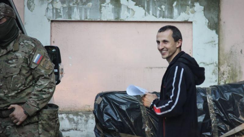 «Мы пройдем все испытания». Арестованный в Крыму Сервер Мустафаев поздравил мусульман с Ораза-байрамом