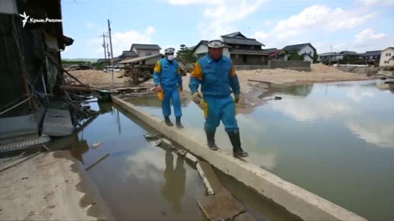 Мощные наводнения в Японии: минимум 155 человек погибли (видео)