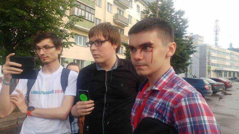 Сторонника Навального арестовали пятый раз за три месяца