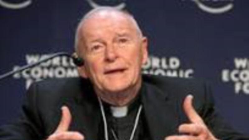 Католический кардинал в США подал в отставку из-за сексуального скандала