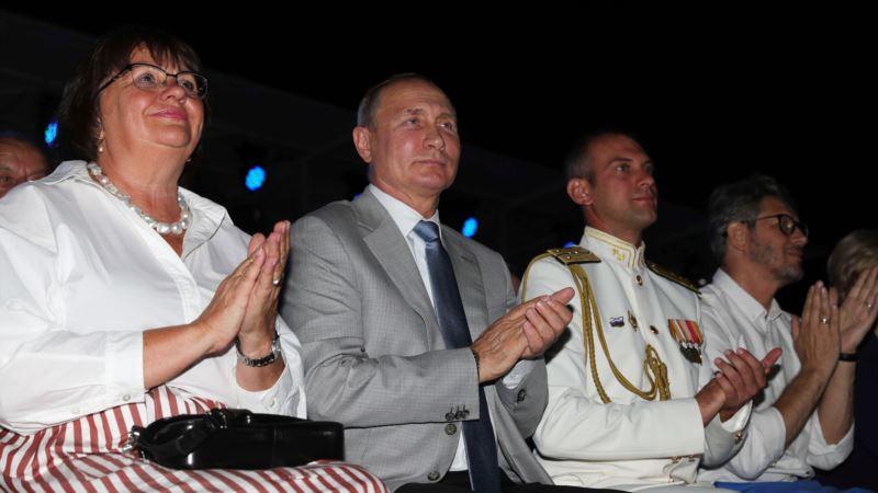 На выходных в Севастополе ограничат движение транспорта – власти