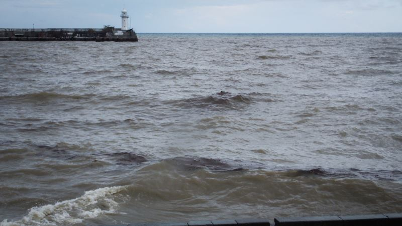 Погода в Крыму: полуостров накроют ливни и грозы