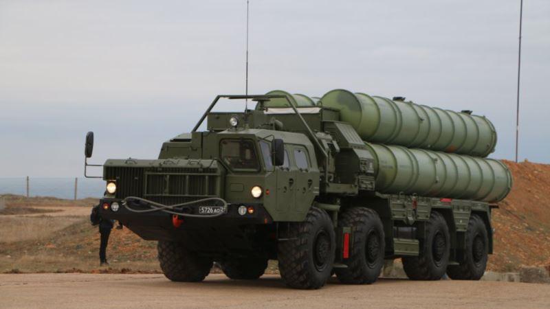 Вертолеты и С-400: российские военные провели учения в Крыму