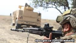 Украина провела военные учения на побережье Азовского моря (+фото)