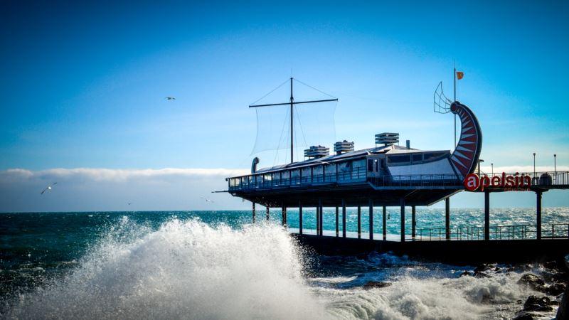 В Крыму предупреждают о резком ухудшении погоды