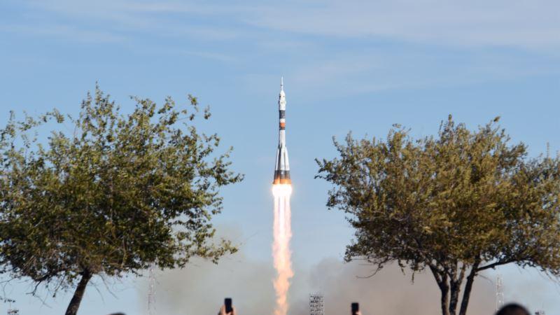 Астронавты «Союза» экстренно возвращаются на Землю после аварии при запуске