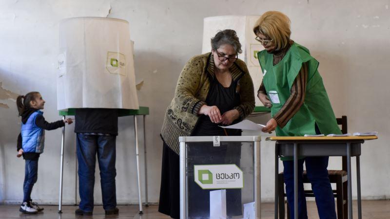 В Грузии состоится второй тур выборов президента