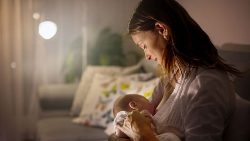 Почти 500 крымским семьям отказали в выплате пособия на первого ребенка