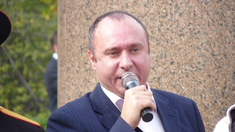 Бывшего лидера «Русского блока» Геннадия Басова выпустили из колонии раньше срока