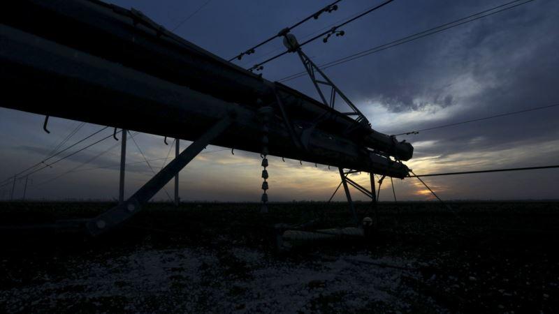 Блэкаут три годя спустя: хроники крымского «электроапокалипсиса»  (фотогалерея)