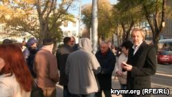 В Севастополе протестовали против политики российского губернатора Овсянникова (+фото)