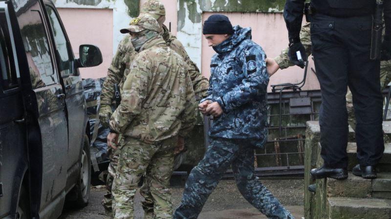Чийгоз заявил, что украинских военных увозят из СИЗО Симферополя, адвокат это подтверждает