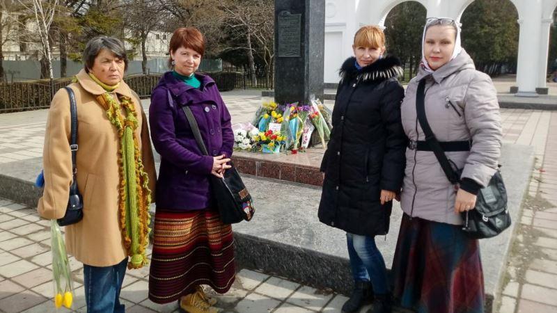 Обыск в Крыму: российские силовики изъяли технику у активистки Украинского культурного центра