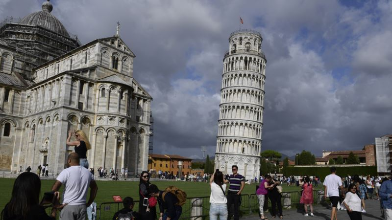 Пизанская башня стала меньше «падать» – ученые