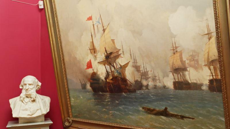 Аксенов предложил отправить картины Айвазовского в российские музеи