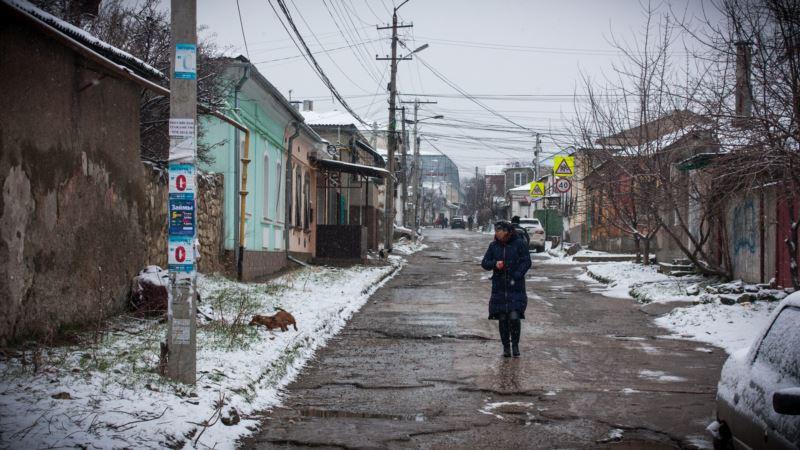 Непогода в Крыму: сильные дожди, в Симферополе – мокрый снег