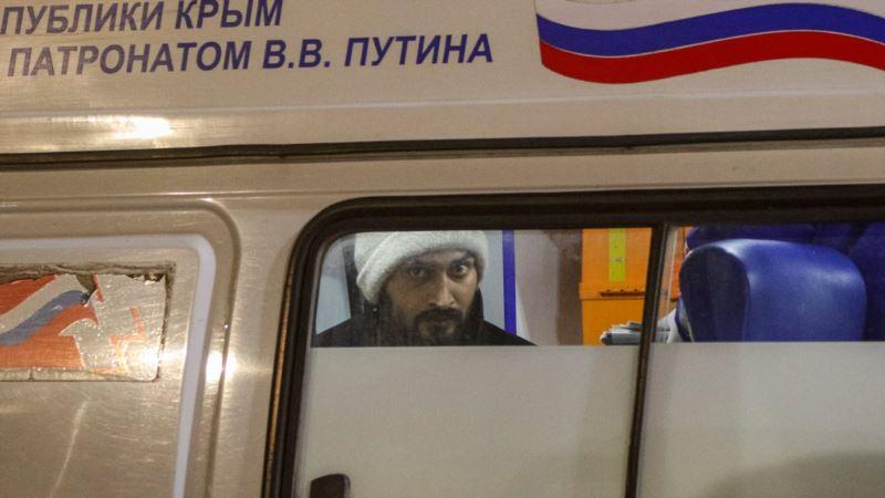 В Минздраве Крыма рассказали о состоянии моряков, пострадавших при пожаре на танкерах
