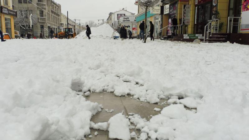 В Крыму объявлено экстренное предупреждение в связи с осадками