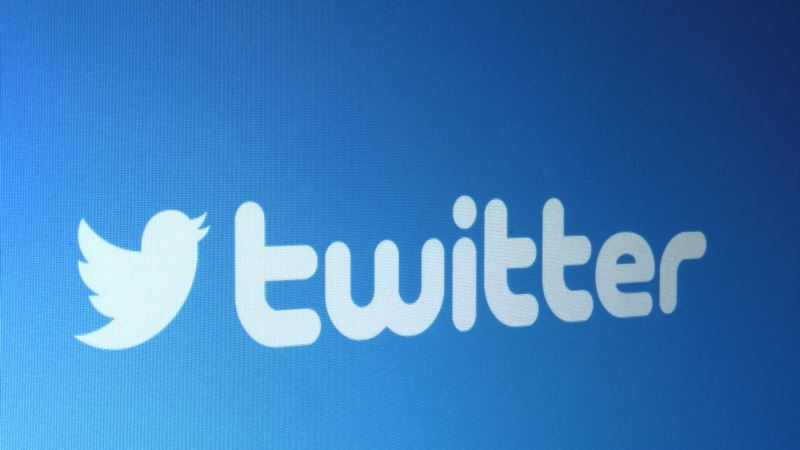 Роскомнадзор утверждает, что Facebook и Twitter передал информацию о локализации пользователей