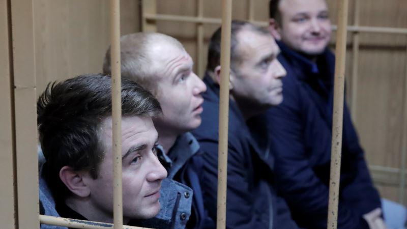 Суд в Москве оставил в СИЗО еще 4 украинских военных