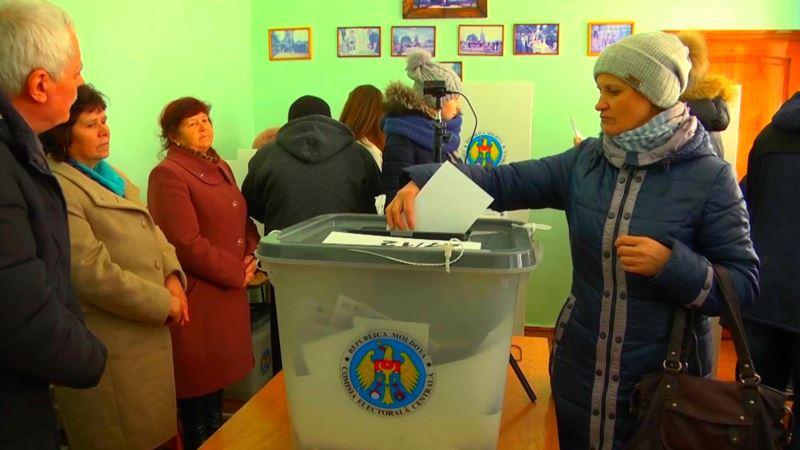 В Молдове завершилось голосование на парламентских выборах