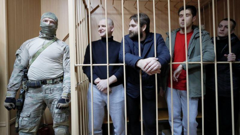 Суд в Москве оставил под арестом четверых захваченных украинских военных