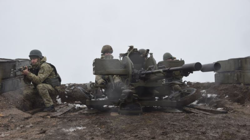 Украинские пограничники готовятся отражать вторжение со стороны Азовского моря