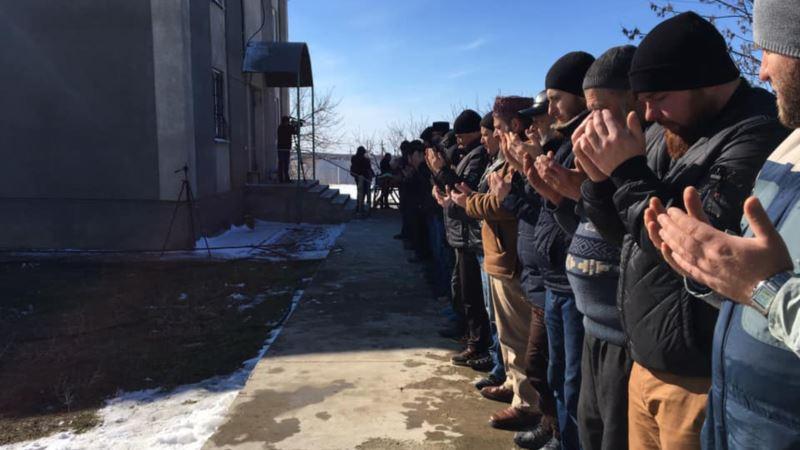 В Симферополе простились с ветераном крымскотатарского национального движения Али Кадыровым