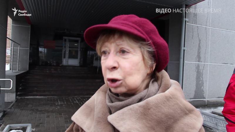 «Подлое и мерзкое дело» – Лия Ахеджакова о деле против главы карельского «Мемориала» (видео)