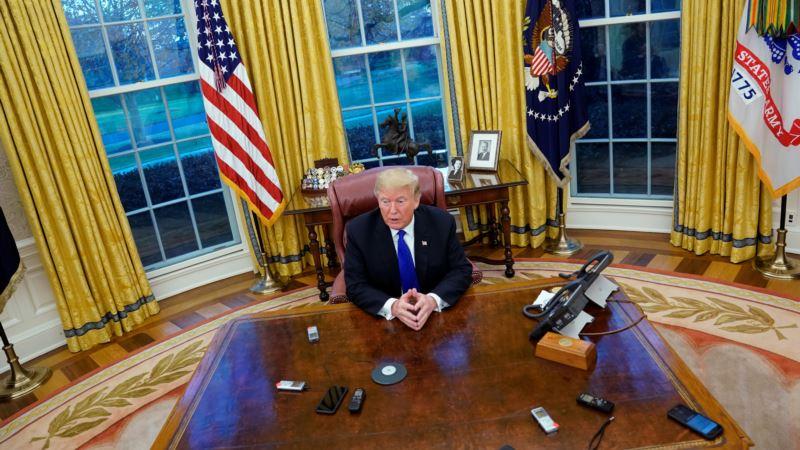Директор по коммуникациям Белого дома ушел в отставку