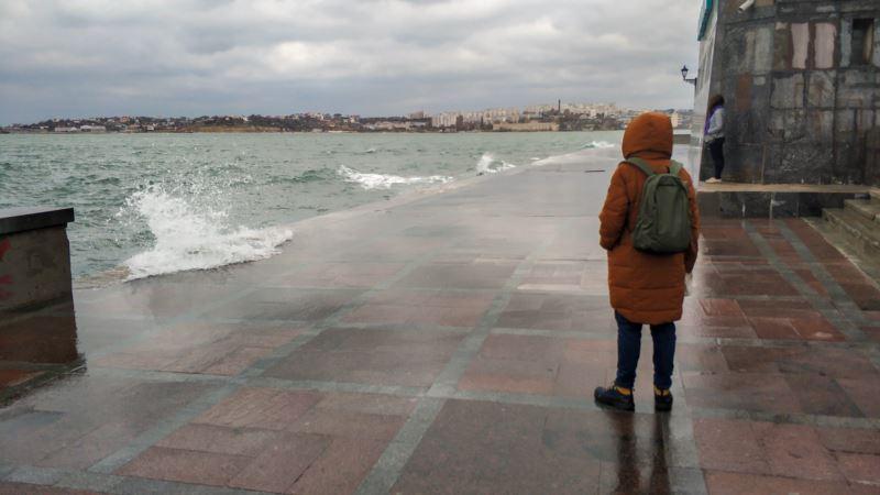 В Крыму прогнозируют сильный штормовой ветер – синоптики