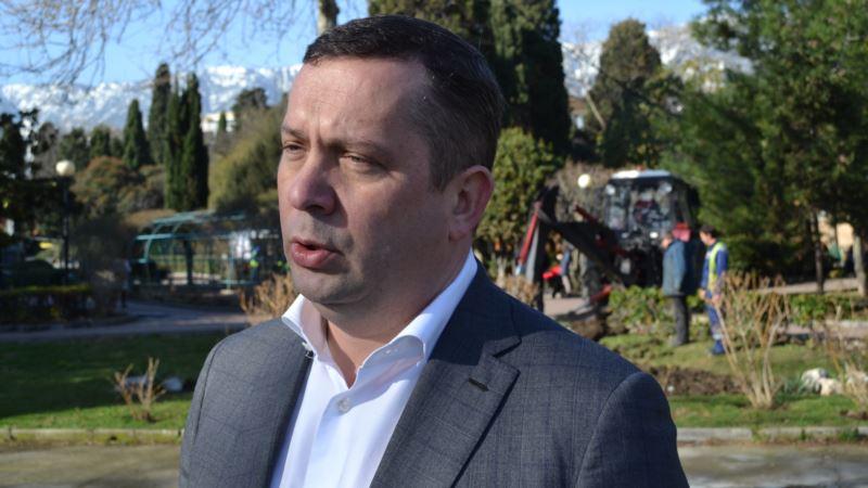 Глава Ялты рассказал о состоянии подростка, пострадавшего от взрыва самодельного устройства