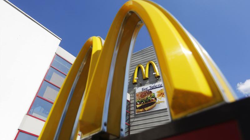 Компания McDonald's заявила, что не планирует открывать рестораны на админгранице с Крымом