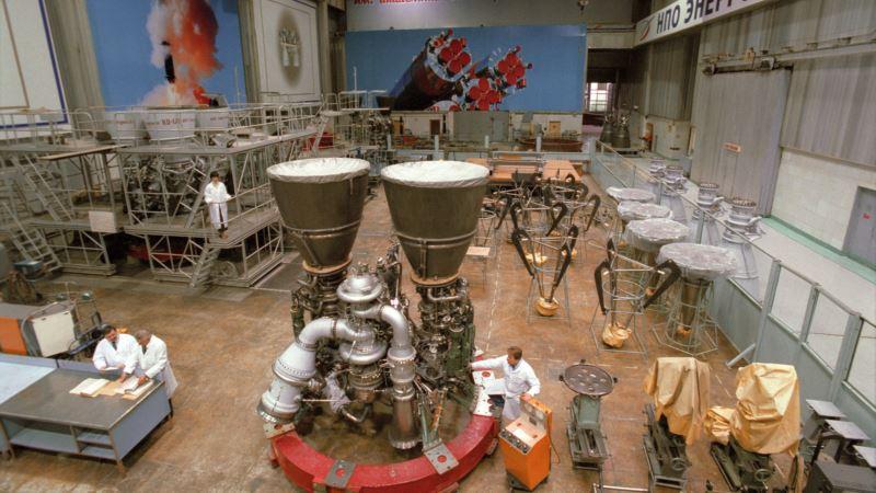 США прекратят покупать ракетные двигатели в России