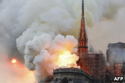 Во Франции объявят международный сбор средств на восстановление собора Нотр-Дам