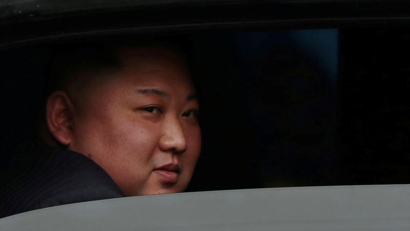 Путин и Ким Чен Ын могут встретиться во Владивостоке в конце  апреля