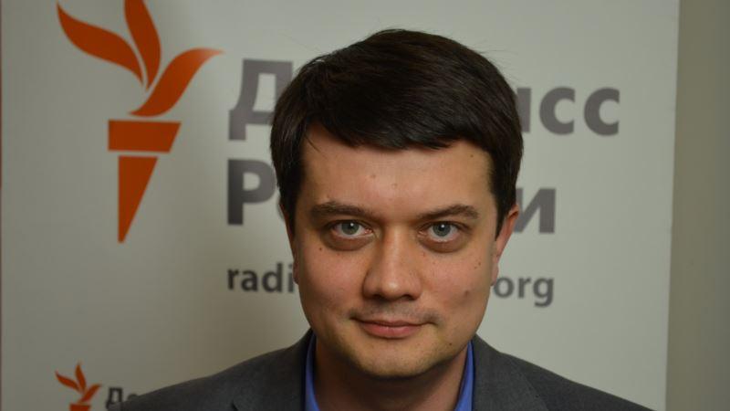 У Зеленского отвергли идею Порошенко о времени дебатов на «Олимпийском» 19 апреля