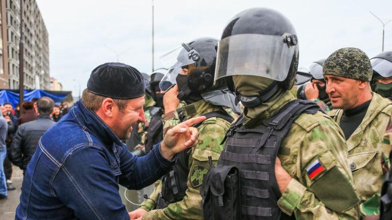 Россия: в Ингушетии у лидеров протестов проходят обыски