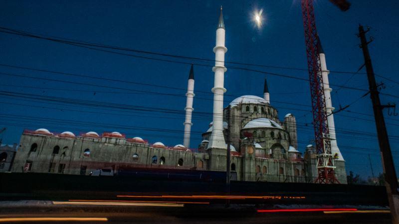 Симферополь: открытие Соборной мечети, на которое приглашали Эрдогана, перенесли на год – СМИ