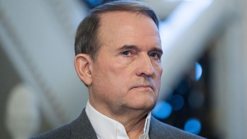 Медведчук оказался неэффективным «каналом связи» с Путиным – Порошенко