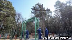 В Минске снесли еще часть крестов в мемориале жертвам сталинских репрессий (+фото)