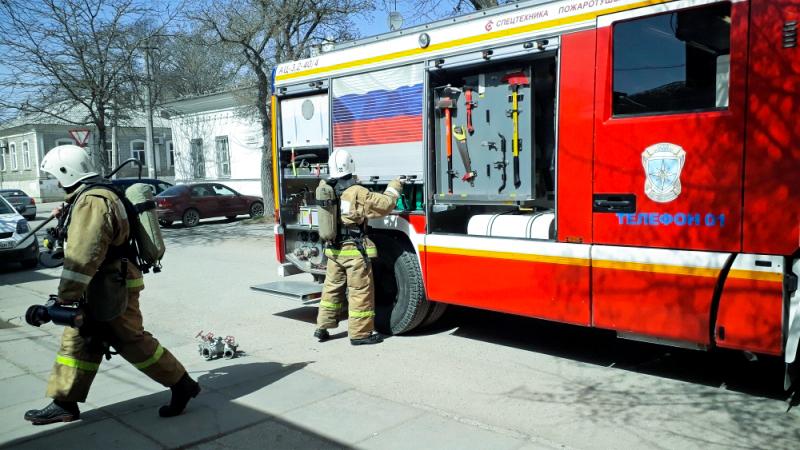 Крымских спасателей подняли по тревоге