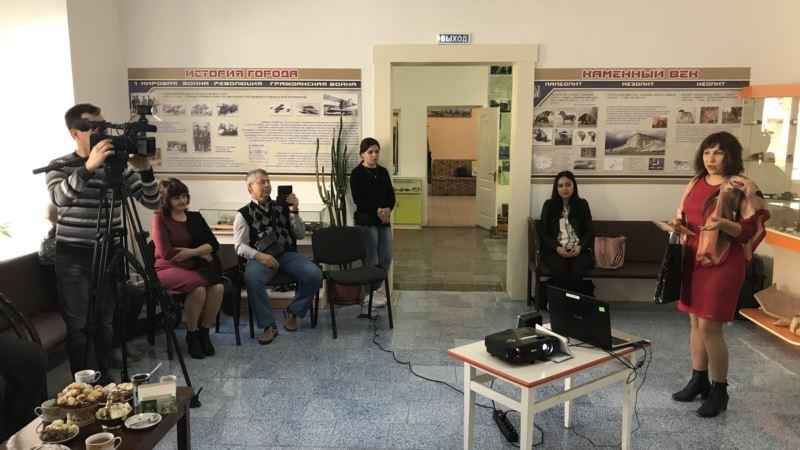 В Белогорске прошел вечер памяти крымскотатарского художника Рамиза Нетовкина
